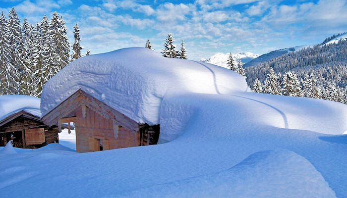 Snowy-mountain-hut